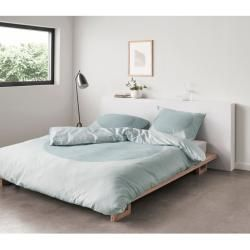 Photo of Satin bed linen