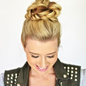 Easy Fishtail Top Knot Hair Tutorial!