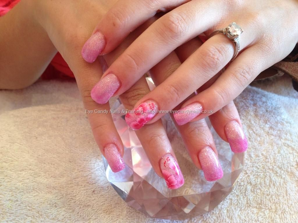 Full set of acrylic with pink glitter fade and one stroke nail art ...