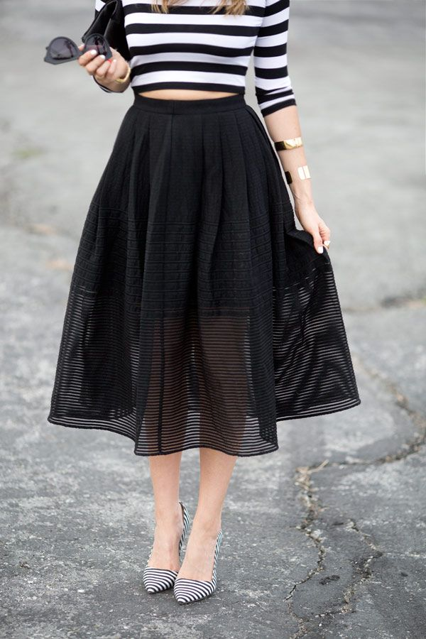 808b557c14 STRIPES TWO WAYS via A House in the Hills Midi Skirts, Stripes Fashion, Love