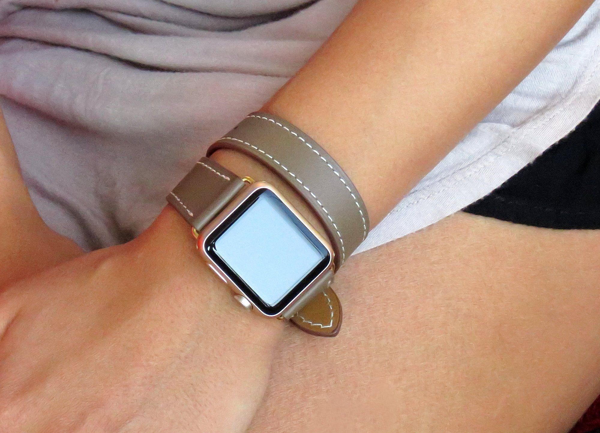 Taupe Is Such A Great Look Find It In My Etsy Shop Apple Watch Band 38mm 42mm App Apple Watch Bands Leather Apple Watch Bands Women 38mm Apple Watch Band