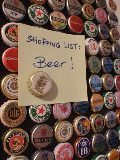 80 Botellas de cerveza en la pared Upcycled imán por SchickieMickie