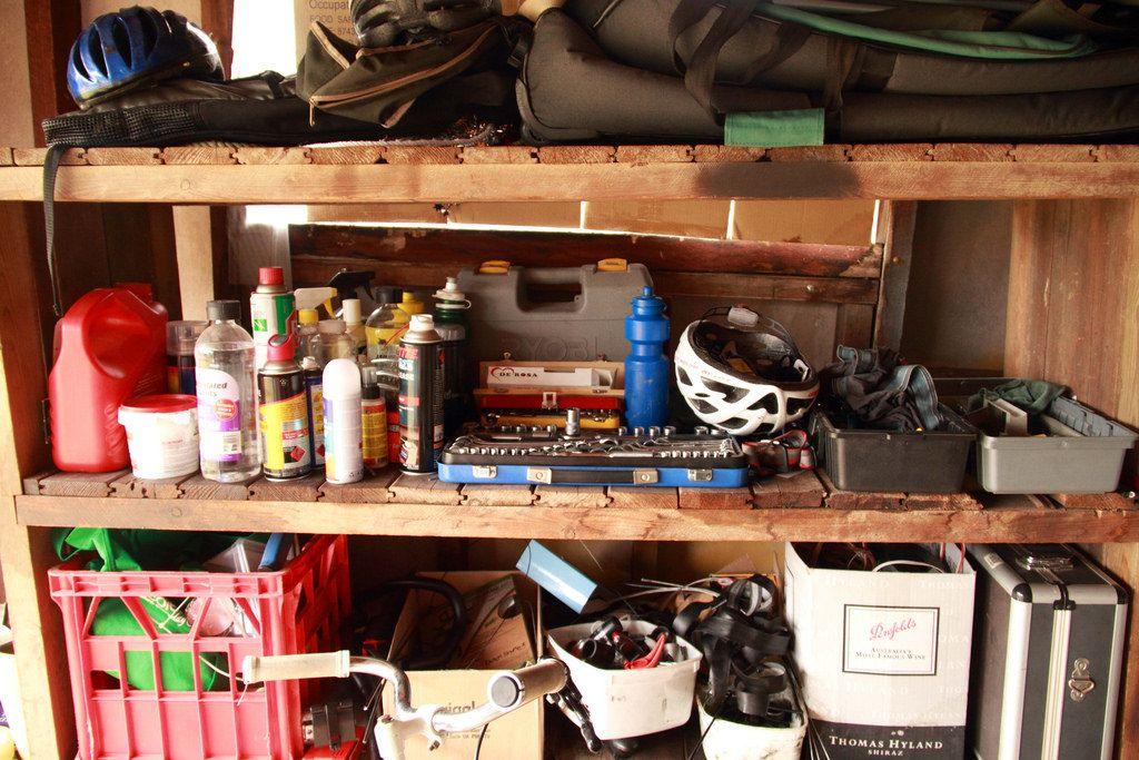 Dan's garage shelves, BB0935 | Flickr - Photo Sharing!
