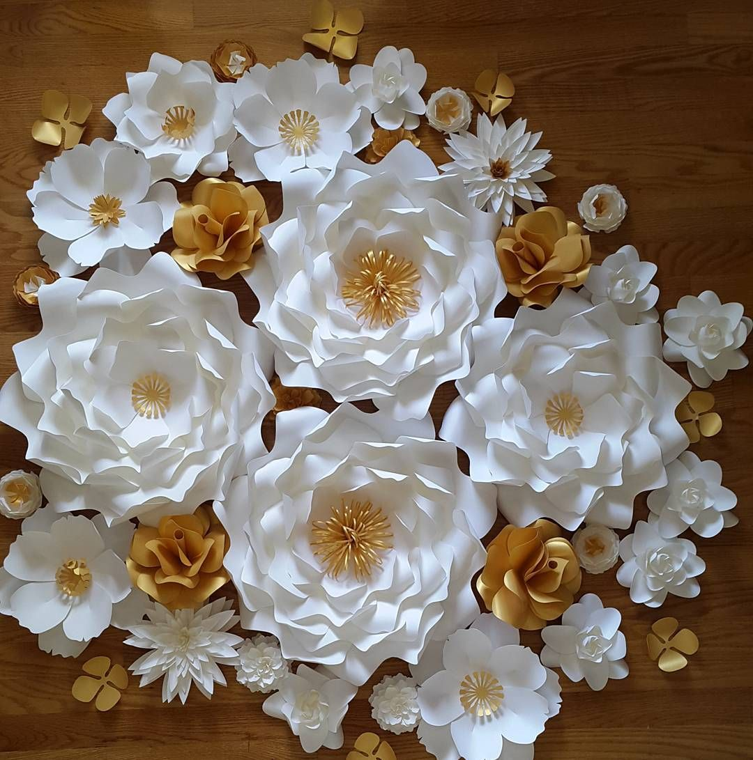 Posh Paper Designs En Instagram White And Gold Flowers For An
