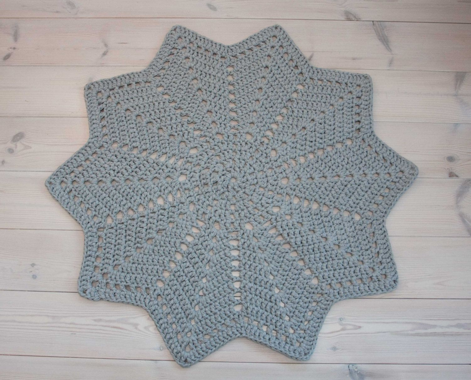 Grey Doily Rug Star Shaped 45 In 114