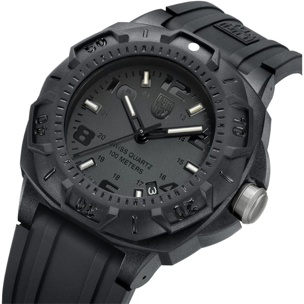 nouveau concept 26e37 609ea New Men's Luminox Black Sentry A0201.BO Carbon Rubber Strap ...