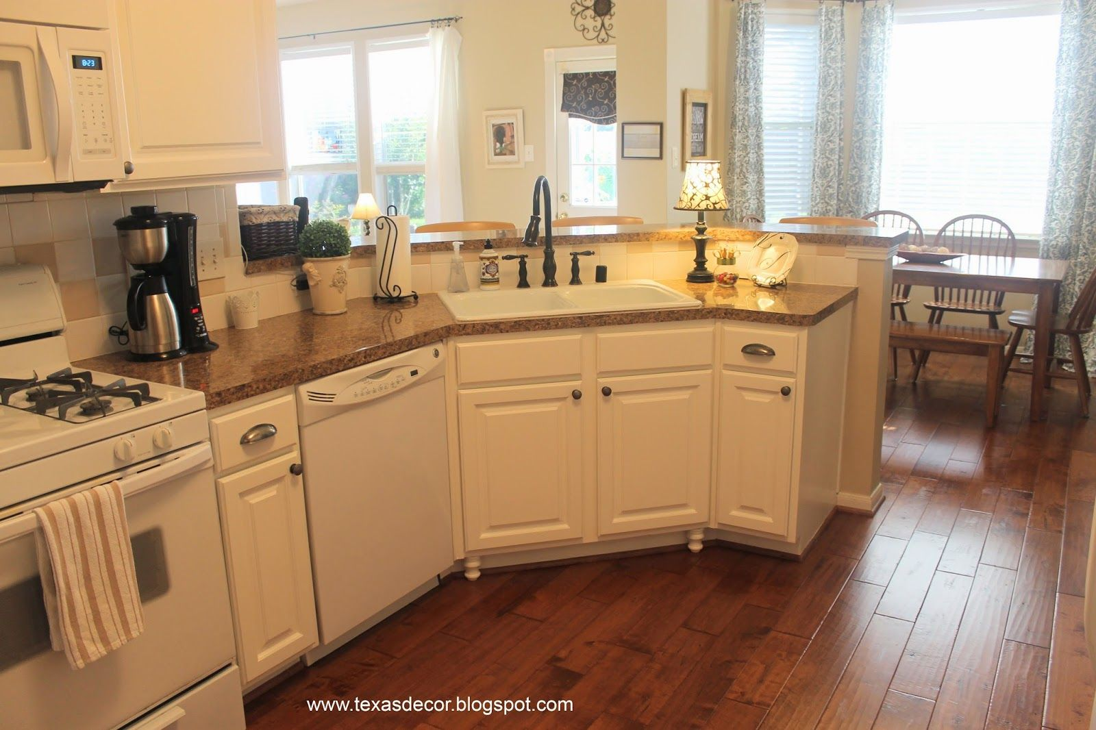 great tutorial on painting kitchen cupboards