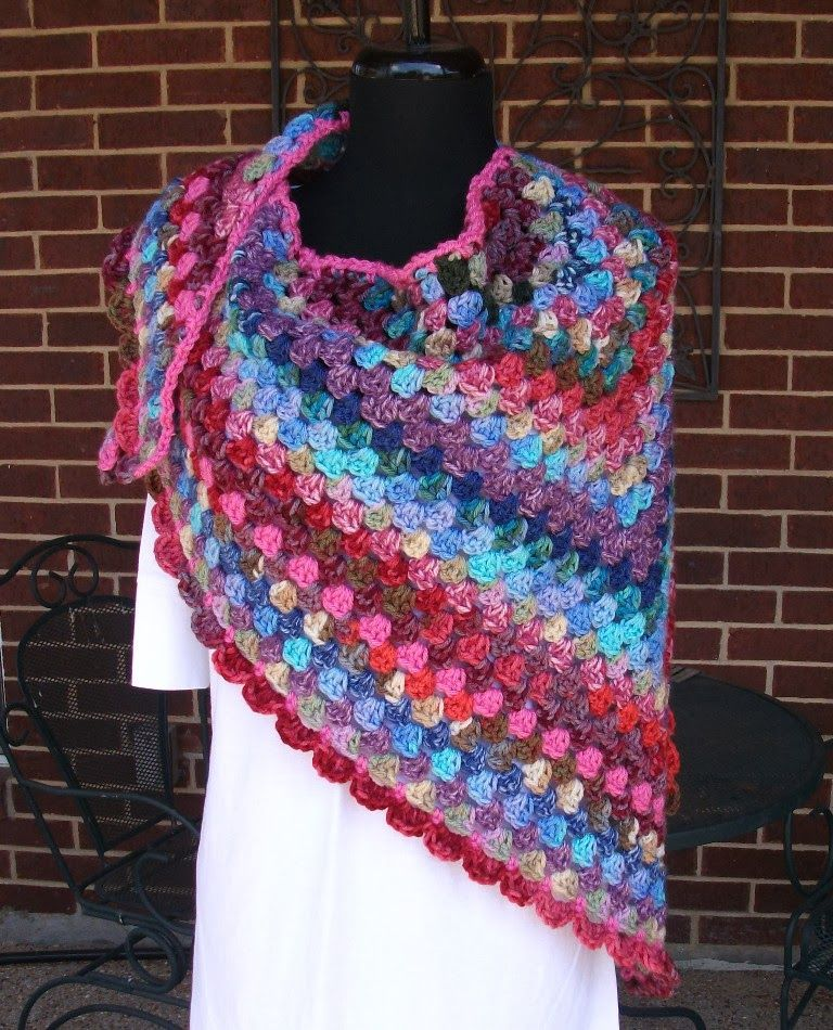 Crochet granny shawl | Crochet tops & bottoms | Pinterest | Ponchos ...