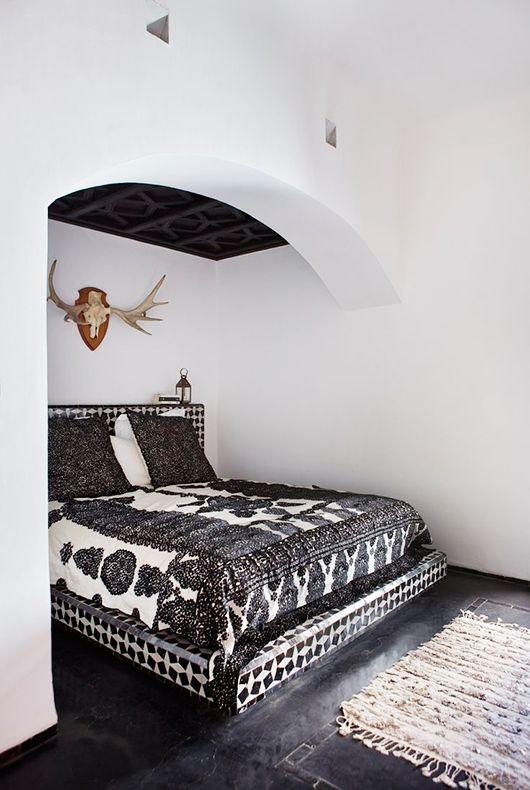 Schon Graphic Black + White | Minimalist Bedroom | Pinterest | Schlafzimmer, Schlafzimmer  Weiß Und Haus