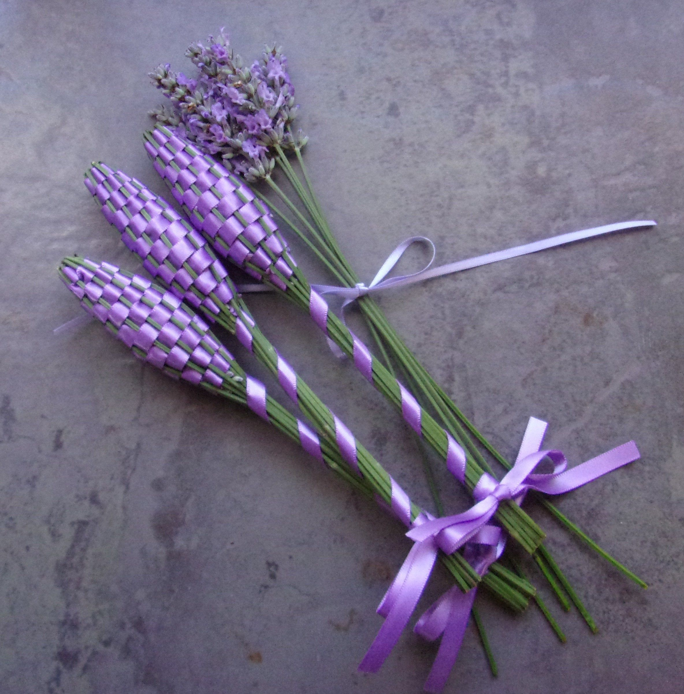 Lavender Filled Wands 3 Fragrant Dried Flowers Lavender Satin Ribbon Small Batons Appreciation Gift Hospitality L Lavender Gifts Lavender Wands Dried Flowers