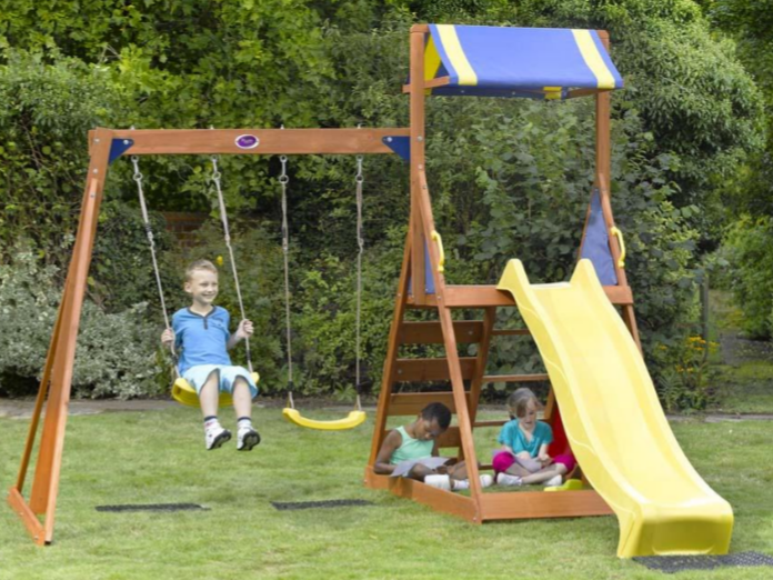 Climbing frame and swing set - #garden #climbing #frame #swing ...