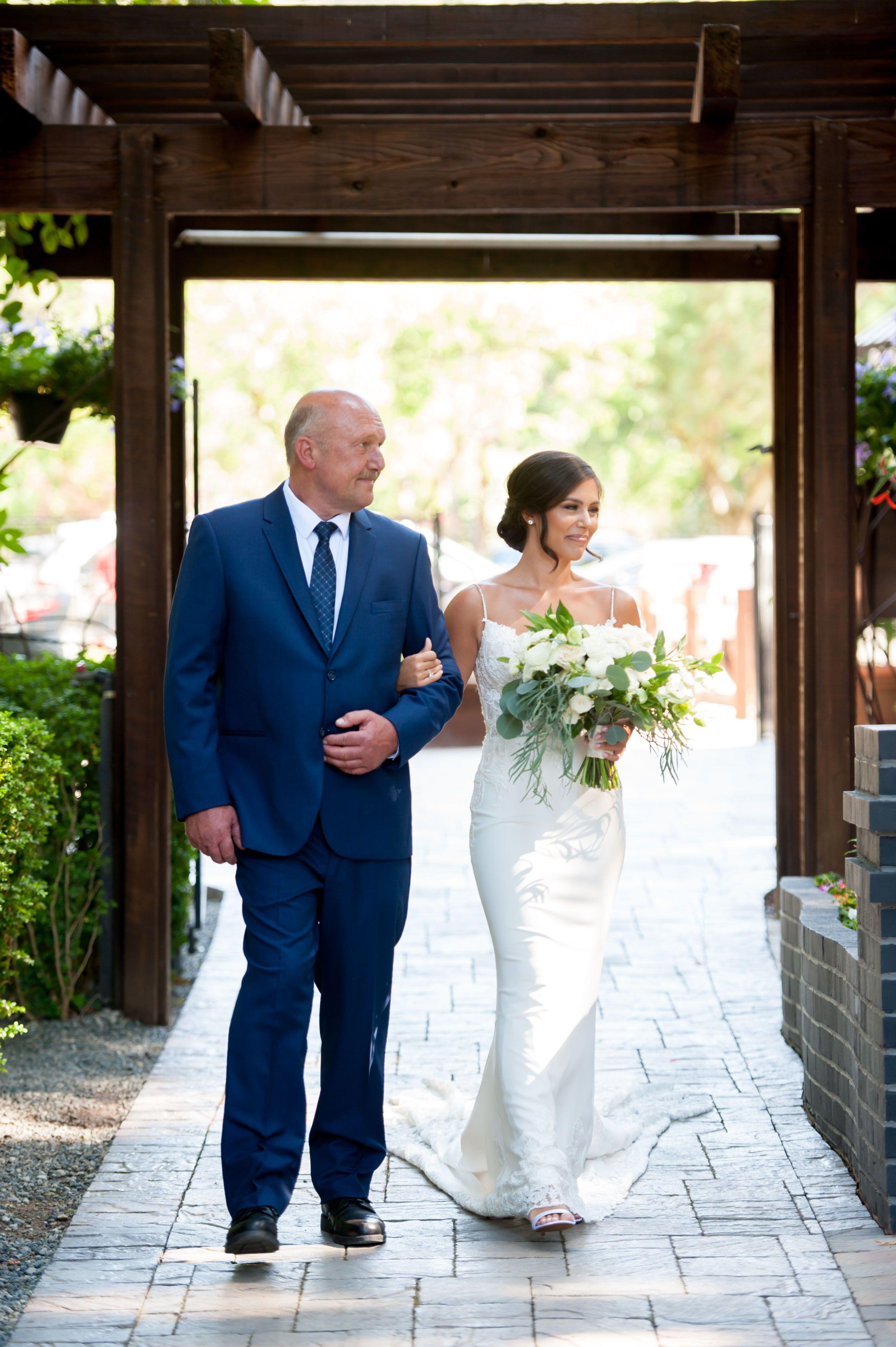 Bride walking down aisle at deer park villa in 2020