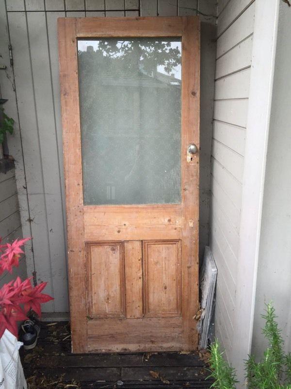 Solid and heavy internal door with opaque glass panel. 200cm x 80cm x 4.5cm & Solid and heavy internal door with opaque glass panel. 200cm x 80cm ...
