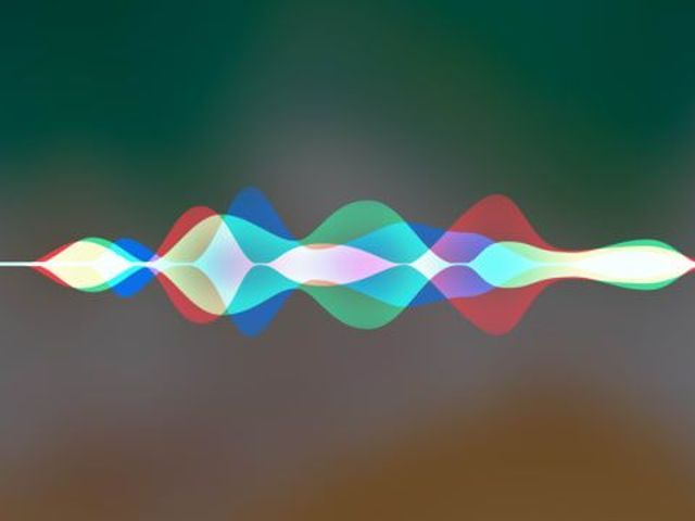 Pulled over while connected Siri can quietly video record