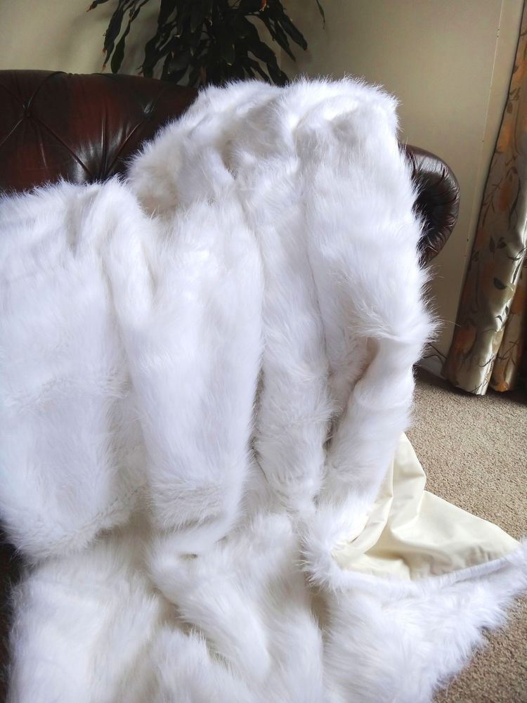 White Faux Fur Blanket Fake Fox Fur King Size White Faux Fur Throw White Faux Fur Blanket Faux Fur Throw Blanket Queen size faux fur blanket