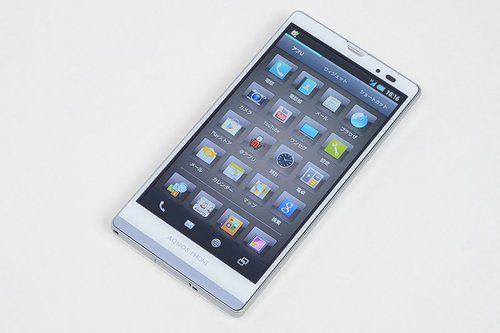 Sharp AQUOS PHONE Xx 106SH Hands-On Pictures - #Sharp #AQUOS