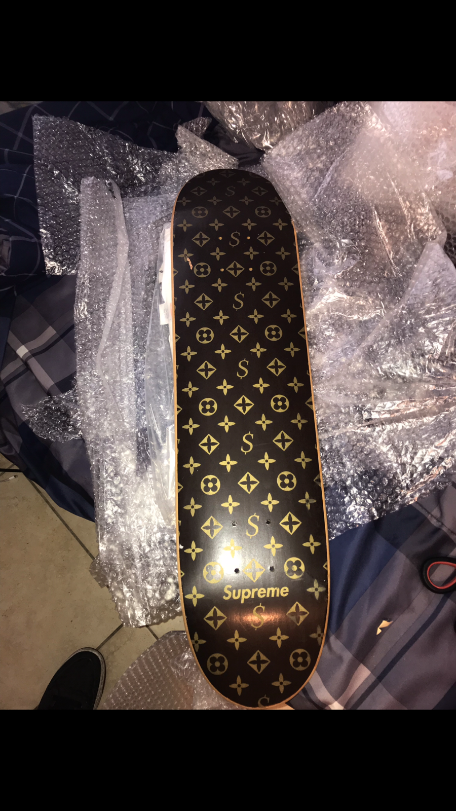 baaa6c1c7193 2000 Supreme Louis Vuitton Monogram Skateboard Deck, T-Shirt, and Beanie