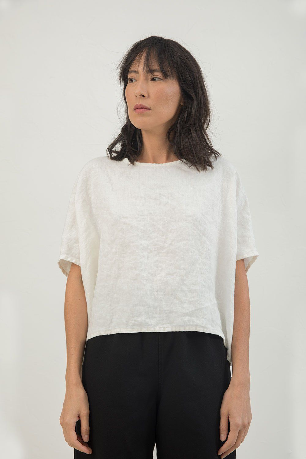 82479a4a Linn Tee in Midweight Linen   Wear   Sewing shirts, How to wear, Tees