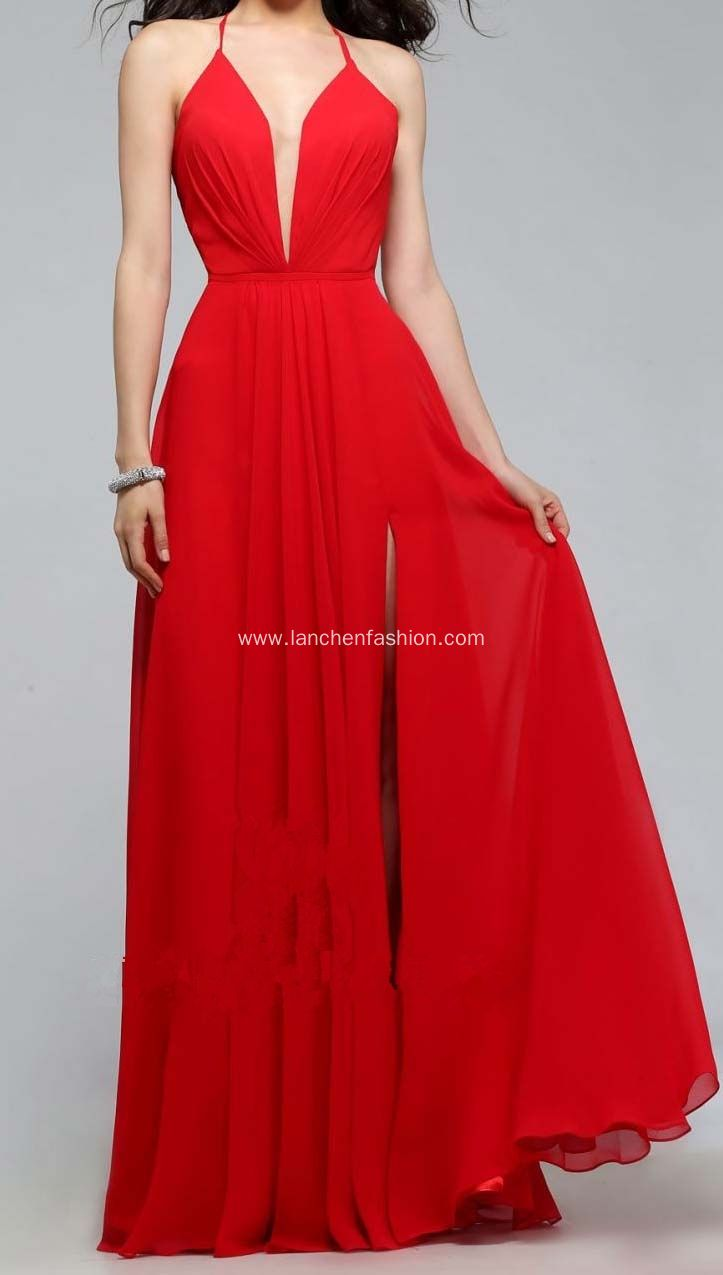 Gorgeous red prom dress ball gown this dress also have a short