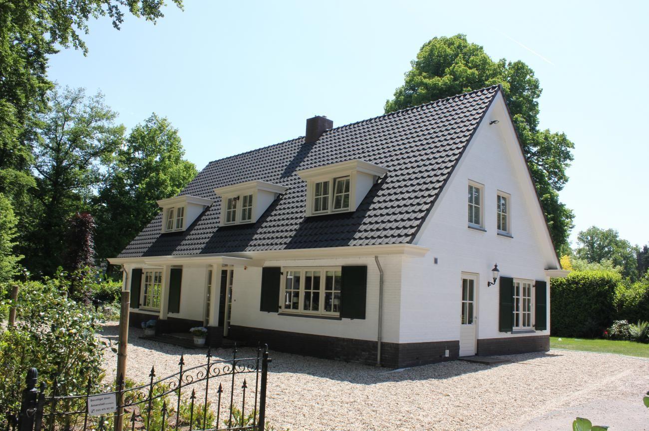 Luiken n van de kenmerken van een landelijke woning gecombineerd met de drie dakkapellen - Kleine kap ...