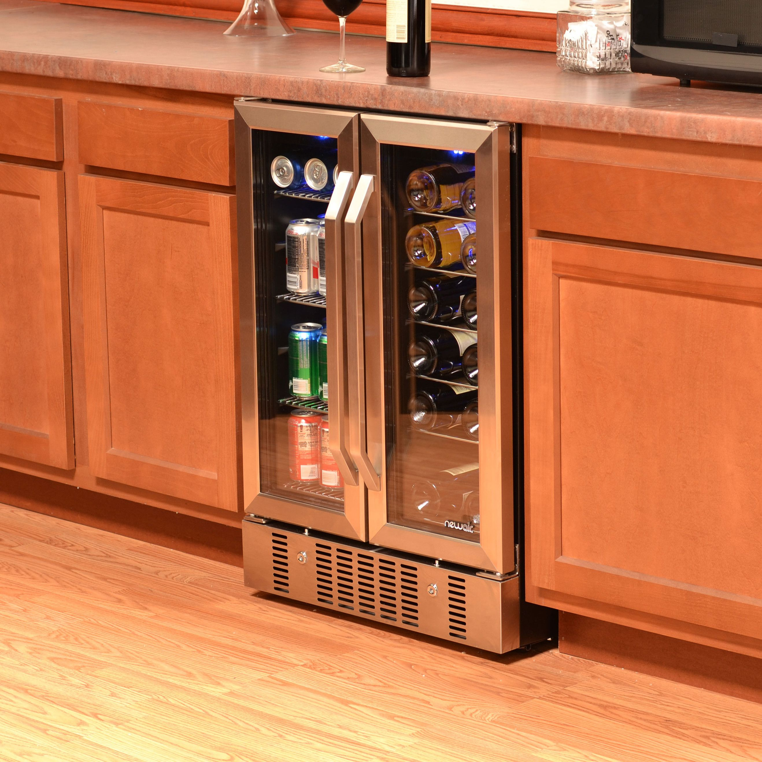 18 Bottle And 58 Can Dual Zone Freestanding Wine And Beverage Refrigerator In 2021 Built In Wine Refrigerator Wine Coolers Drinks Beverage Cooler
