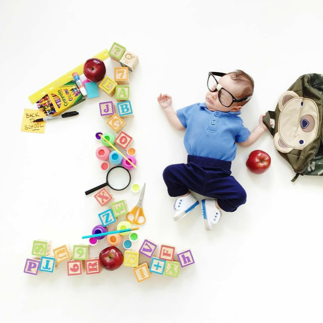 40 Amazing Baby Photoshoot Ideas At Home Diy Monthly Baby Pictures Baby Milestones Pictures Monthly Baby Photos