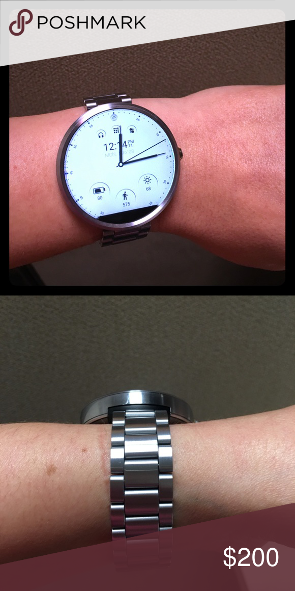 b953d1b8ef8 Moto 360 smart watch with aluminum band. Classy Motorola Moto 360 watch  with silver aluminum band. Looks and works beautifully. Worked perfectly  with both ...