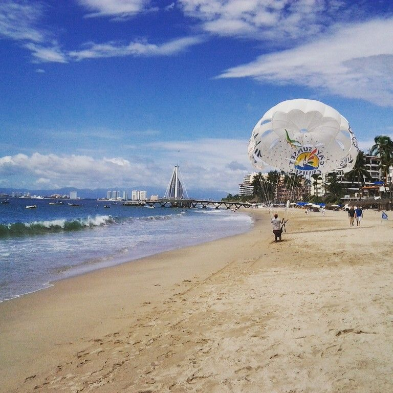 Los Muertos Beach. Puerto Vallarta, Jalisco, Mexico. Photo by me. @xstat1cprocess