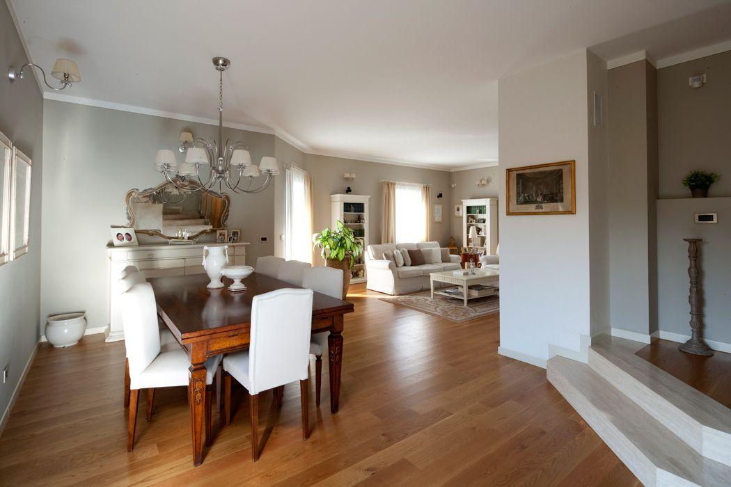 Pareti color tortora casa raffinata soluzioni d 39 arredo for Arredamento particolare per la casa
