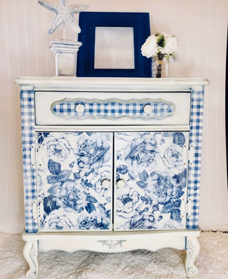 Drop Cloth Chalk Paint - Off White Chalk Paint - Free Shipping at 35.00 - Dixie Belle Paint - Furniture Paint - Farmhouse Paint - Chic Pai