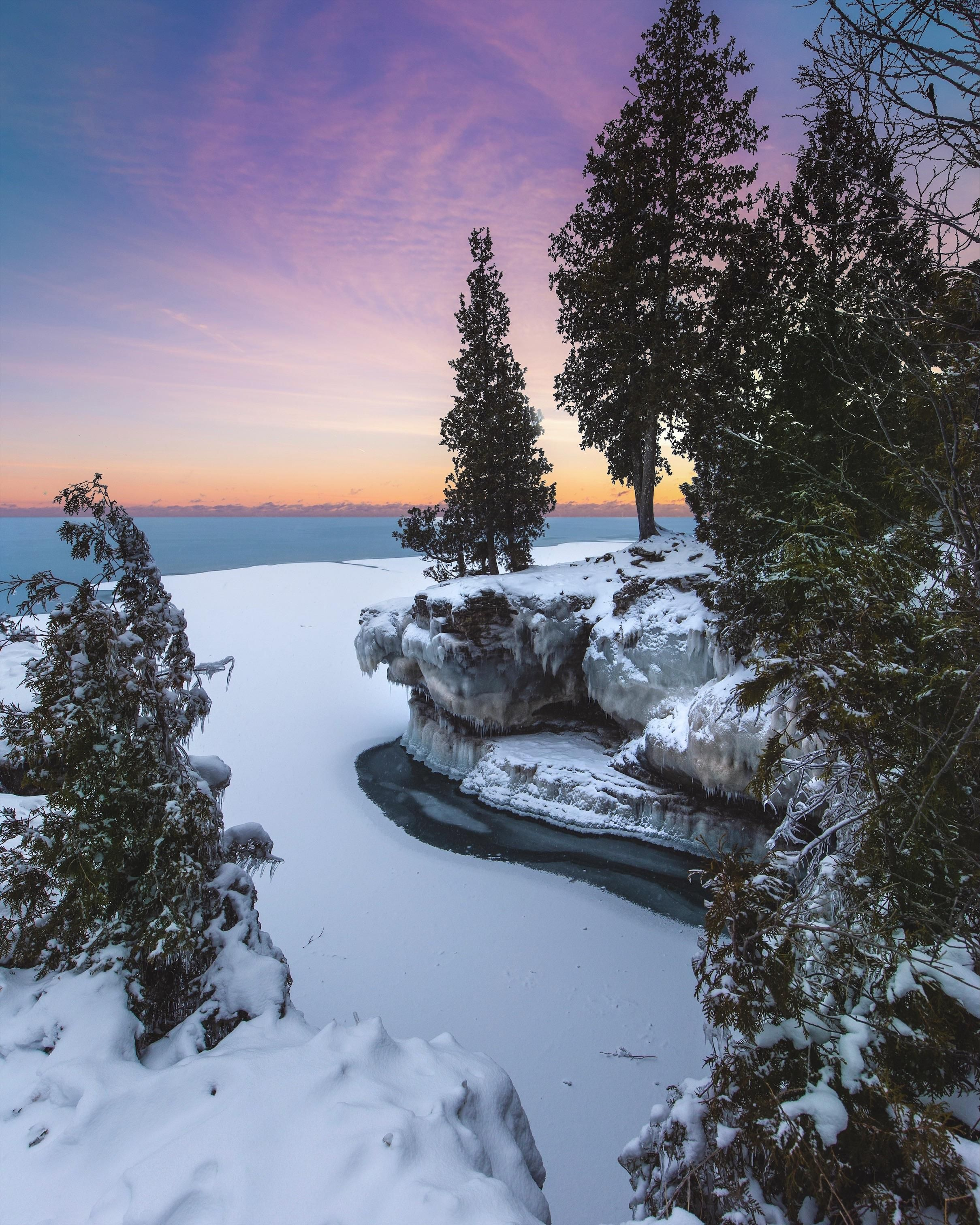 A Frozen Winter Sunrise On Lake Michigan Door County Wi 2419x3024 Oc Instagram Grantplace Winter Landscape Photography Winter Sunrise Lake Michigan
