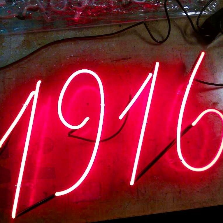 Pin by Nicole Mashaw on Neon Sign ⭐ Neon signs, Neon