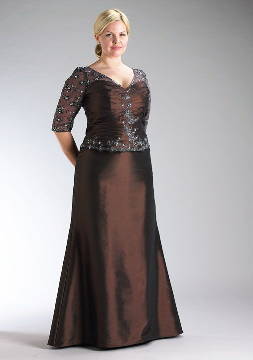 Classic, plus-size formal gown for Mother of the Bride or Groom ...