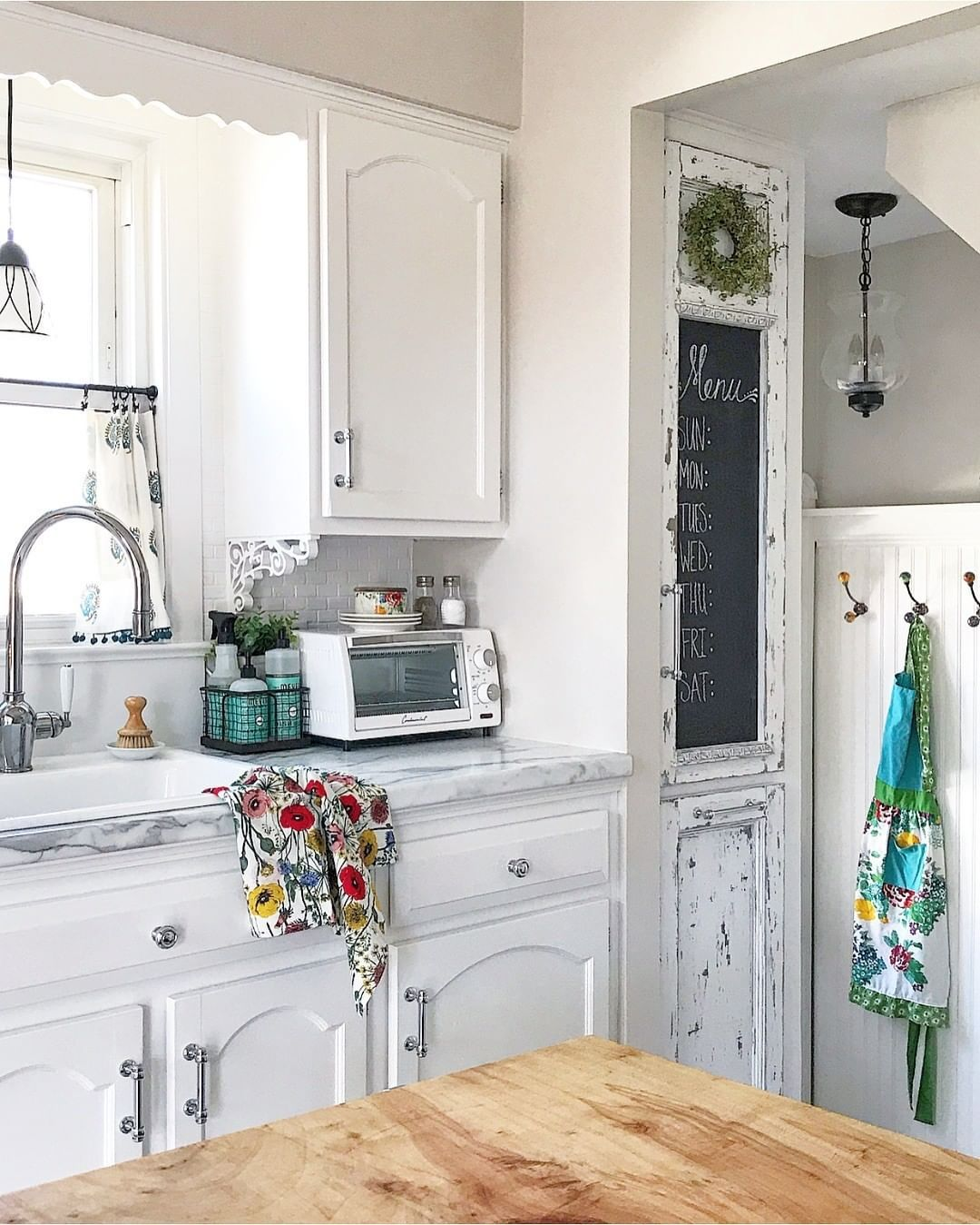 Such A Bright And Cheery Kitchen We Love How My Purposed Place Made This Kitchen Her Own Wi Kitchen Inspiration Design House Interior Cottages And Bungalows