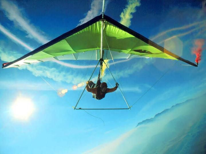 Hang Gliding Did This Once In The Dominican Republic Would Love To Do It Again Its So Peaceful Up There Hang Gliding Paragliding Extreme Sports