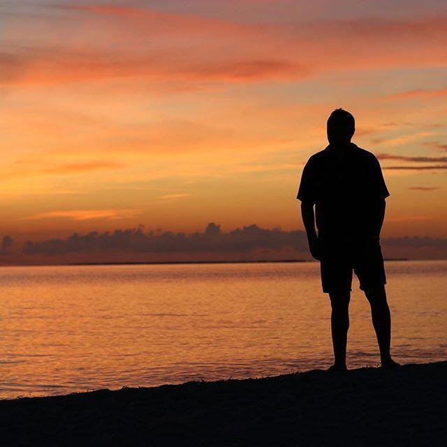 Él  . . . . #photographer #photography #viaggio #viaggiare #viajar #viajes #Cuba #varadero  Él  . . . . #photographer #photography #viaggio #viaggiare #viajar #viajes #Cuba #varadero #sunrise #dawn #alba #amanecer #canon #love #amore #paradisusprincesadelmar #spiaggia #mare #playa #beach #summer #estate #verano
