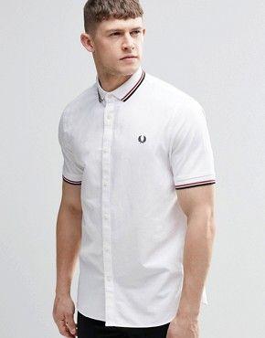 Camisa blanca de manga corta de corte entallado con cuello de punto de Fred  Perry