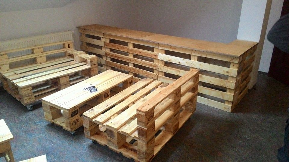 gorgeous picket pallet bar diy ideas for your home plans diy outdoor did ideas stools how to make a how to build a instructions wood easy cart - Pallet Bar Plans