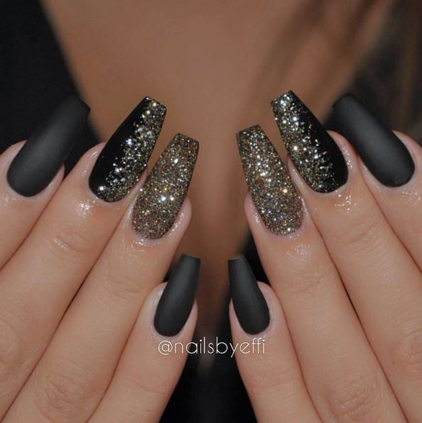 Black and gold glitter New Years Eve Coffin Nails matte, silver, coffin  shaped - Club Nail Design NAIL ART Pinterest Gold Glitter Nails