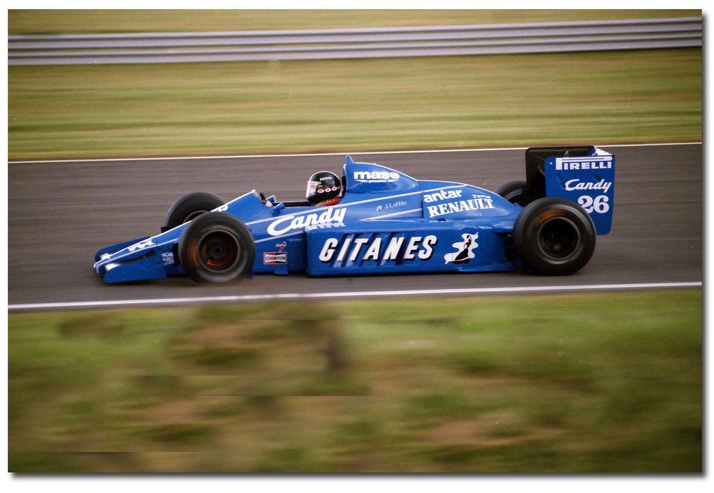 #pha.021941 Photo LIGIER JS25 JACQUES LAFFITE GRAND PRIX F1 NURBURGRING 1985 Car