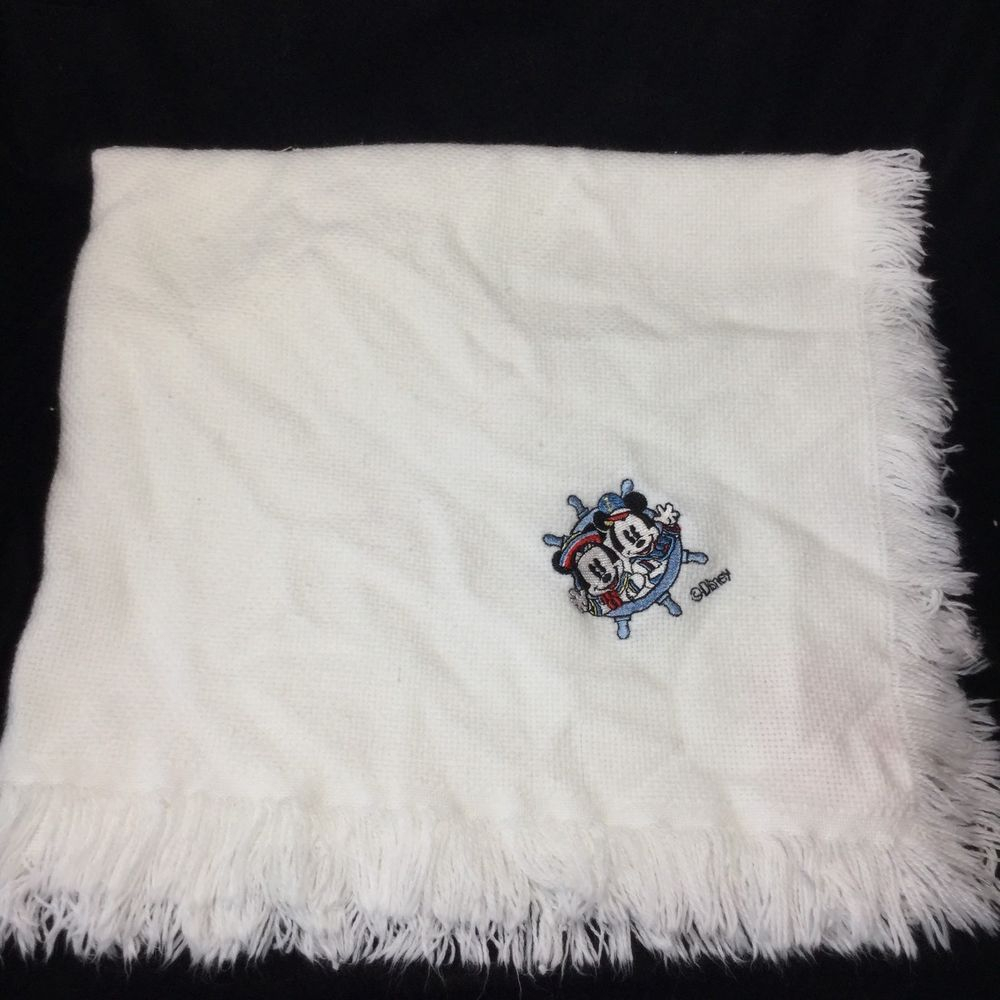 Red Calliope Mickey Mouse Minnie White Blanket Sailor Disney Fringe ...