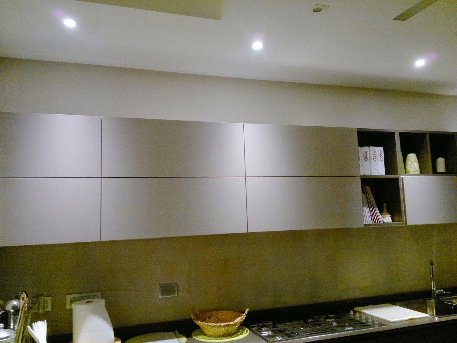 una cucina illuminata con faretti led a incasso  faretti led  Pinterest  Faretti, LED e Cucina