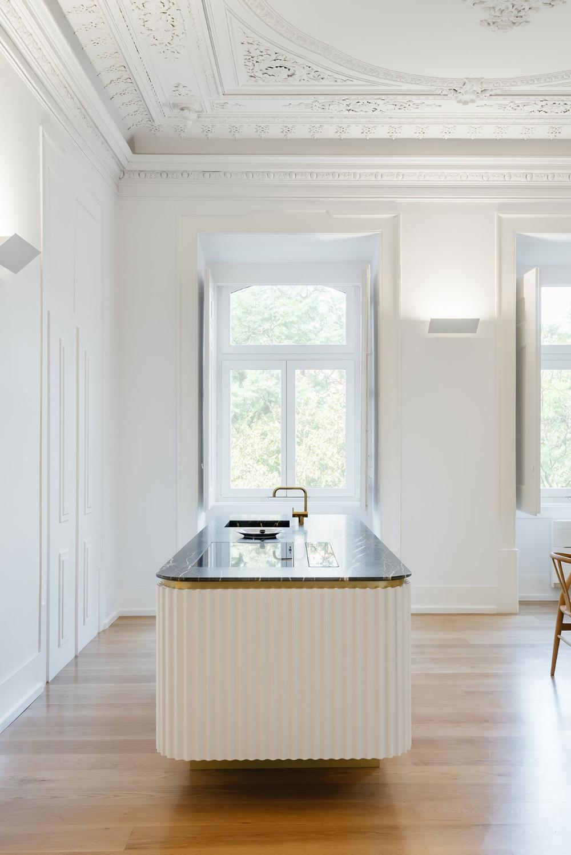 Aurora Arquitectos Renovate A Historic Lisbon Apartment With