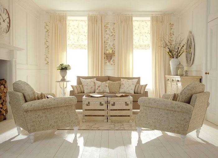 kommode shabby, wohnzimmer in naurfarben einrichten, beige sofa
