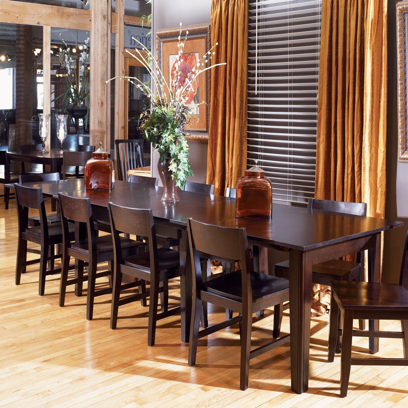 Dining Room Table Extends From 61 To 132 Inches Self Storing
