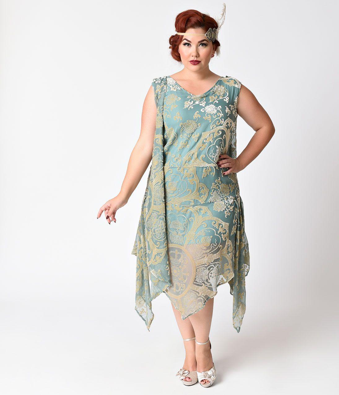 Plus size flapper style wedding dress