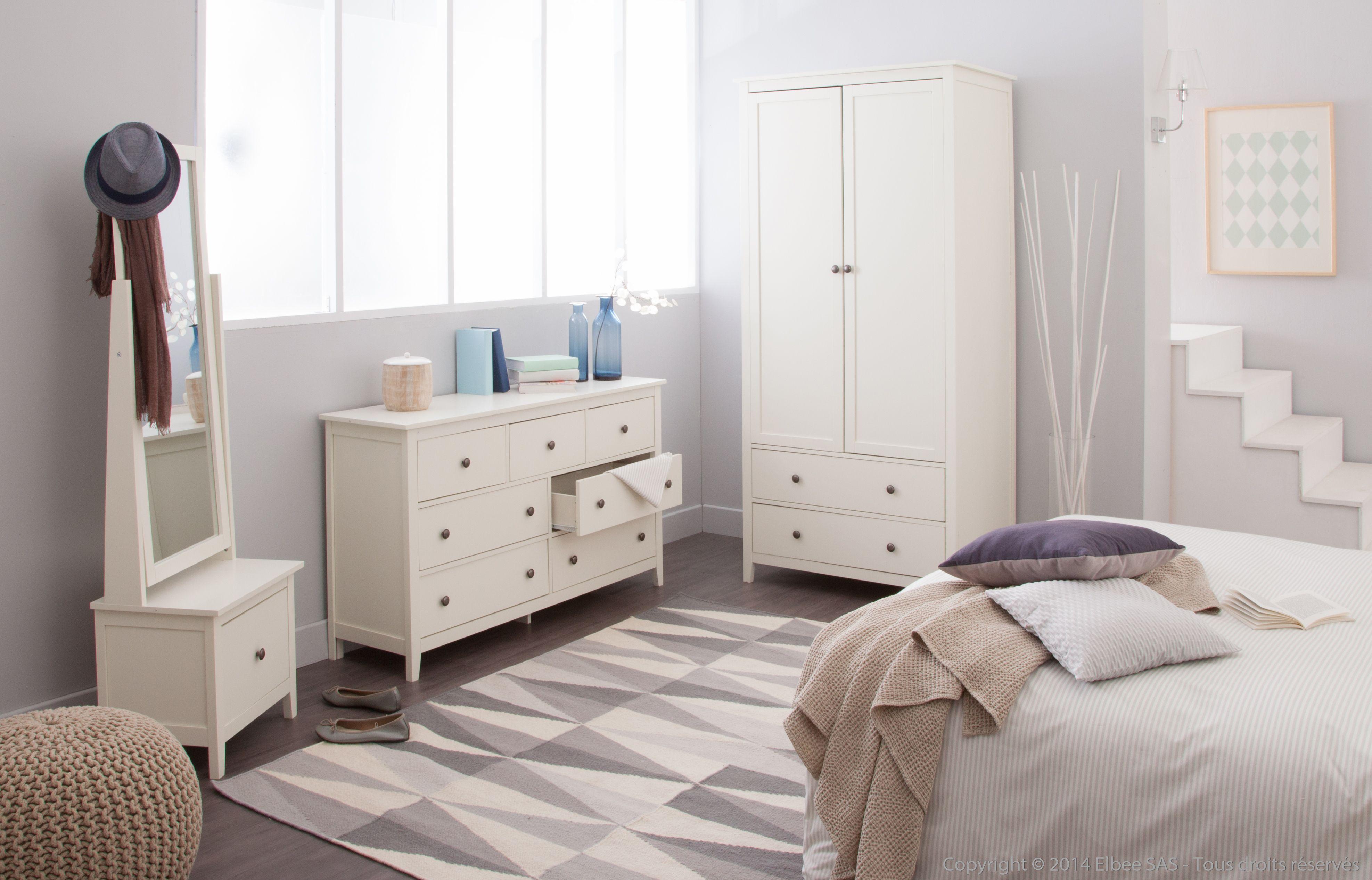 chambre apaisante aux couleurs douces avec des meubles blancs collection justine dans. Black Bedroom Furniture Sets. Home Design Ideas