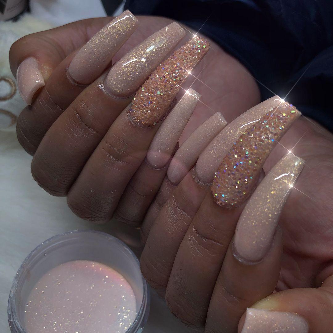 Pin von Angelina auf Nails | Pinterest | Nagelschere, Nageldesign ...