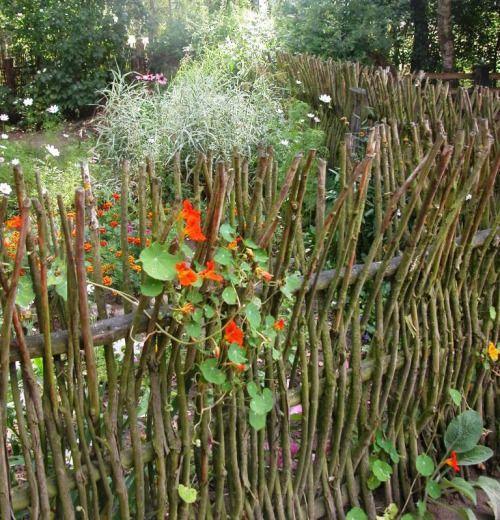 Garden Country Backyard Fences Garden Design Garden Fencing