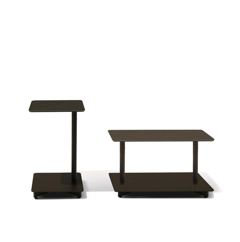 Mesa de apoio quadrada em aço para jardim Mesas de